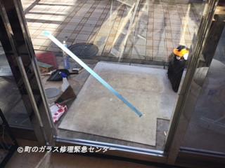 足立区 梅田 店舗入り口ガラス修理後