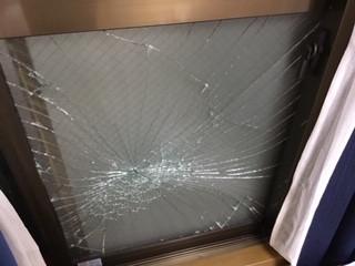 葛飾区 新宿 掃き出し窓のガラス修理・交換