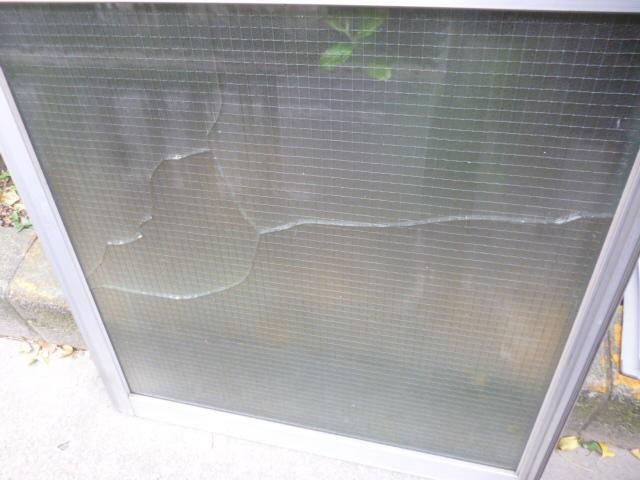葛飾区 高砂 ガラス修理