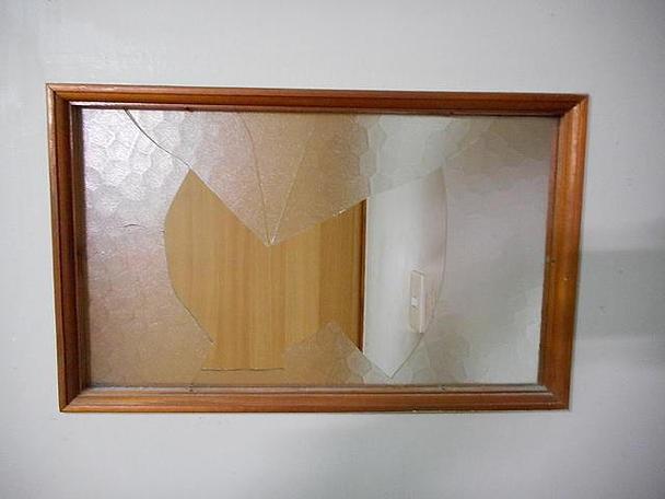 足立区 東和 ガラス修理