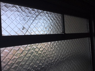 葛飾区 西亀有 小窓の修理前
