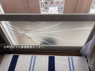 墨田区 本所 ガラス修理前