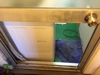 荒川区 西尾久 浴室 ガラス修理前