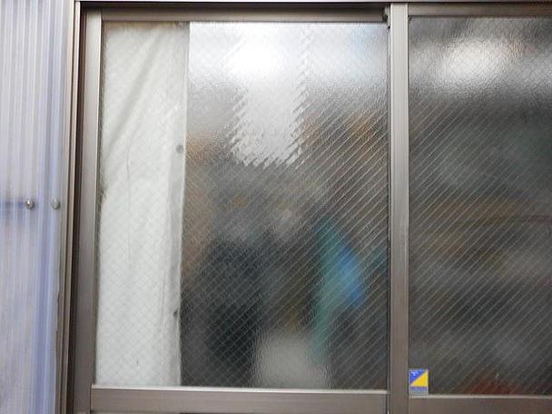 足立区 小台 ガラス修理