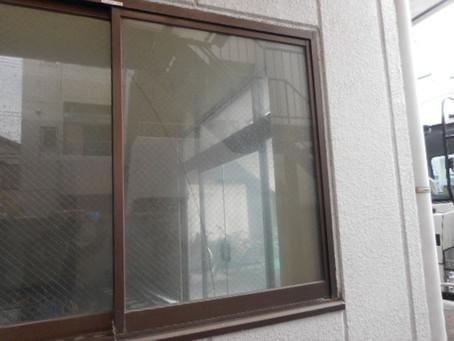 荒川区 町屋 ヒビガラスの修理・交換