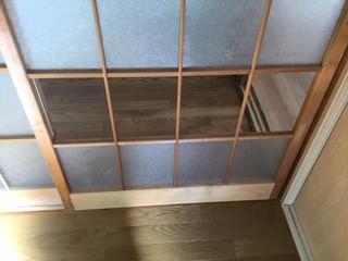 台東区 千束 室内木製建具のガラス修理・交換