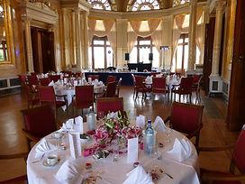 suche DJ für Hochzeit Schloss Eckberg Dresden