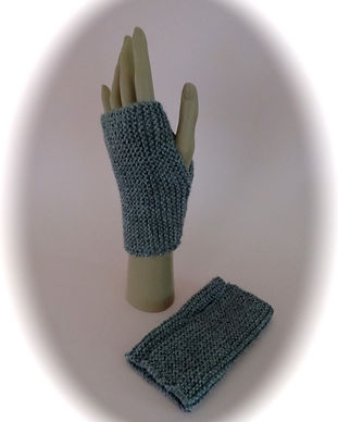 Beginners wristwarmers.jpg