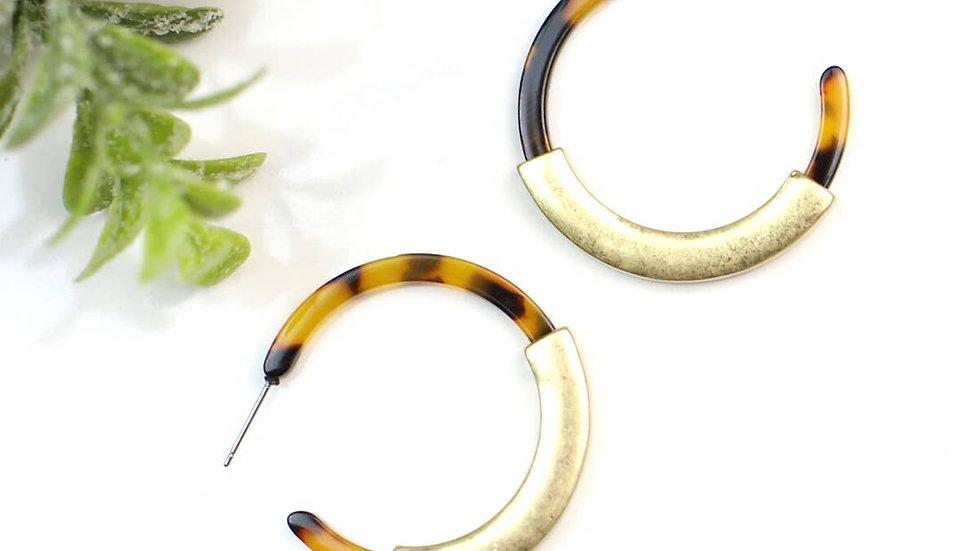Hannah Brown Tortoise & Goldtone Hoop Earring