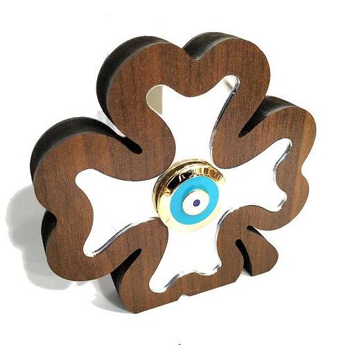 Γούρι με ξύλινο τετράφυλλο