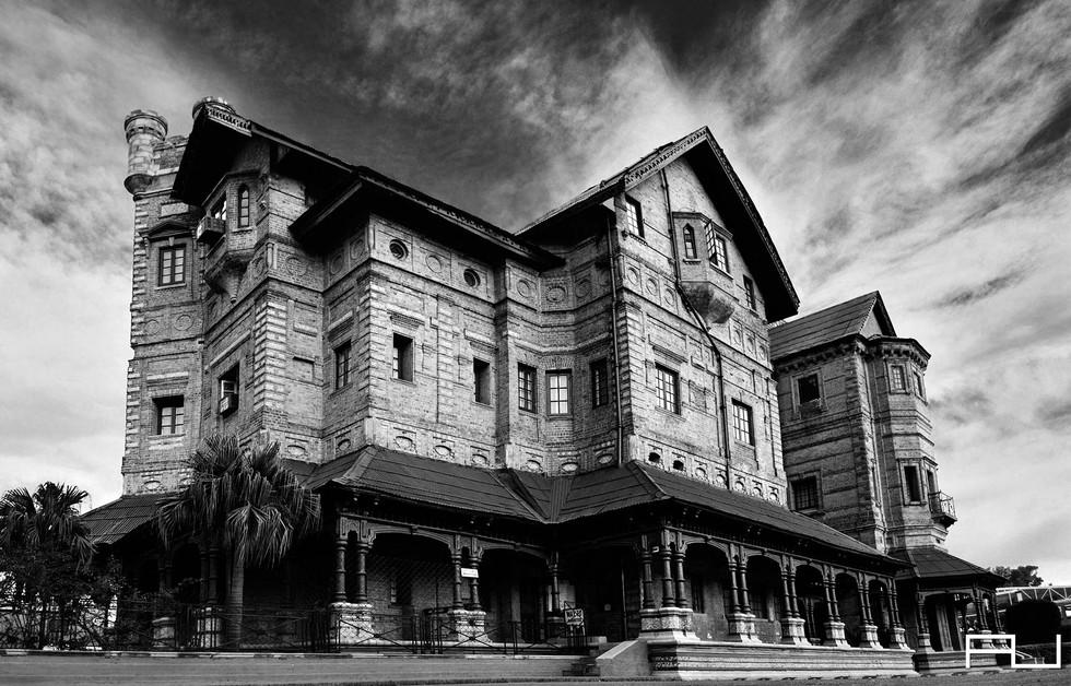 Amar-Mahal-Palace.jpg