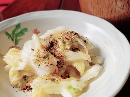 白菜の漬物にはニンニク七味🌶️✨