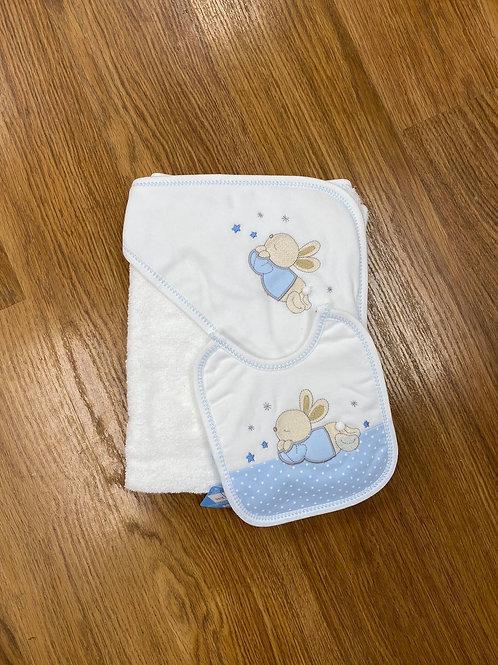 Sardon Towel and Bib Set
