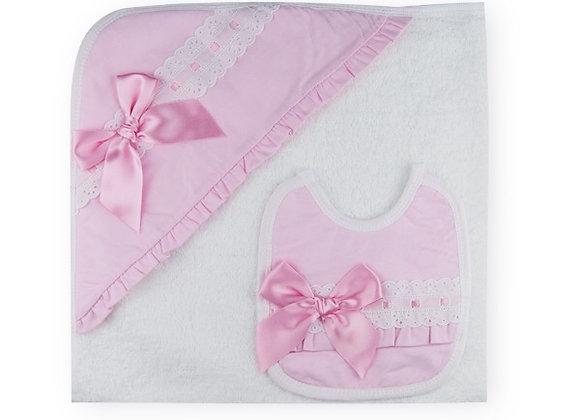 Sardon Pink and White Towel & Bib
