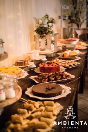 Buffet de frutas e doces