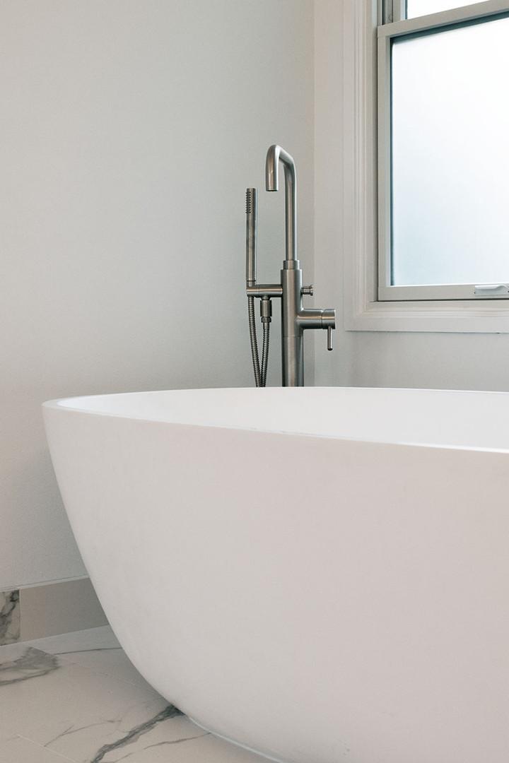 jonathanwilkinson_weaver bathroom046.jpe
