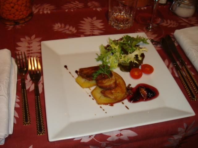 Foie gras poëlé sur pommes fondantes
