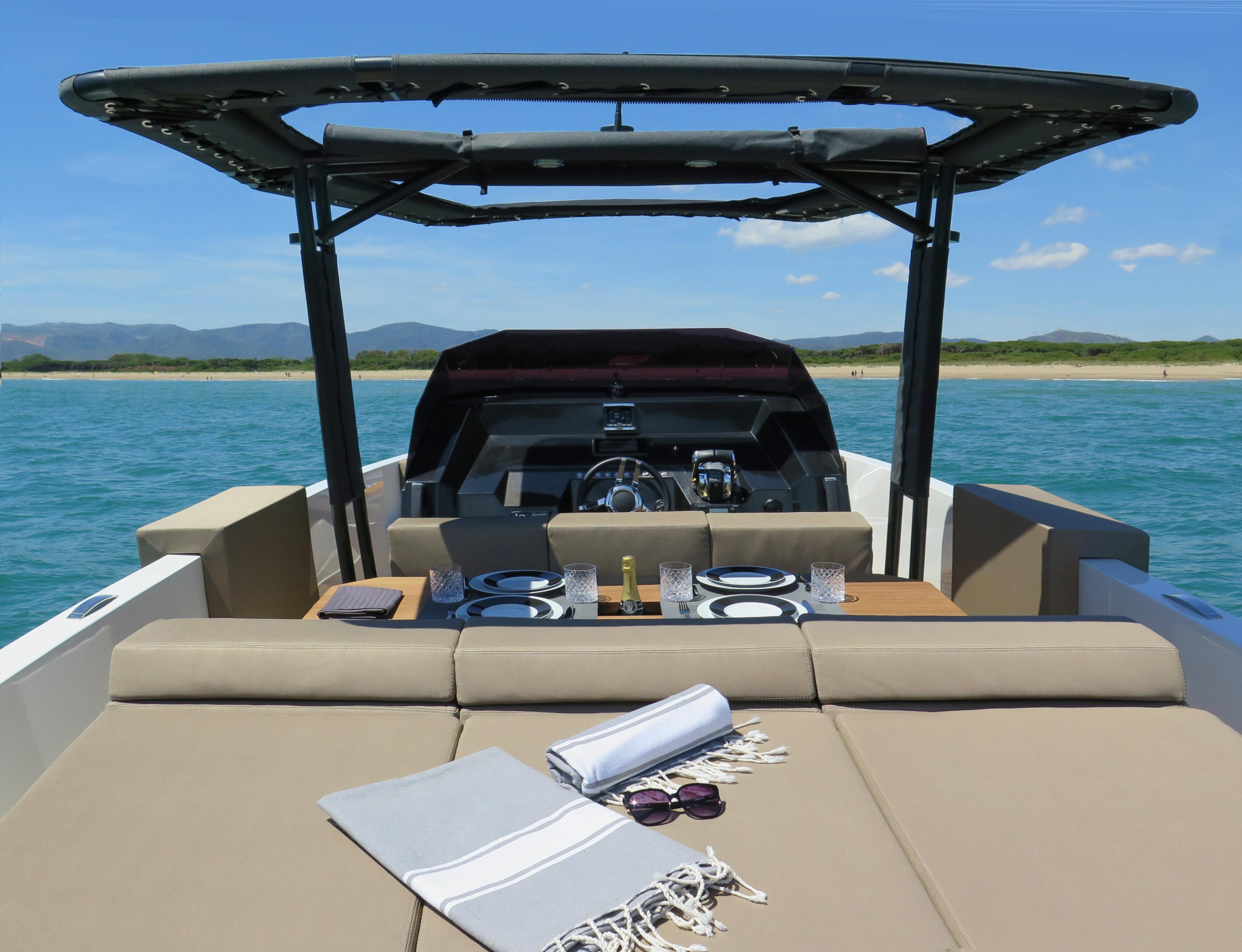 De Antonio Yachts_D28 Open_28