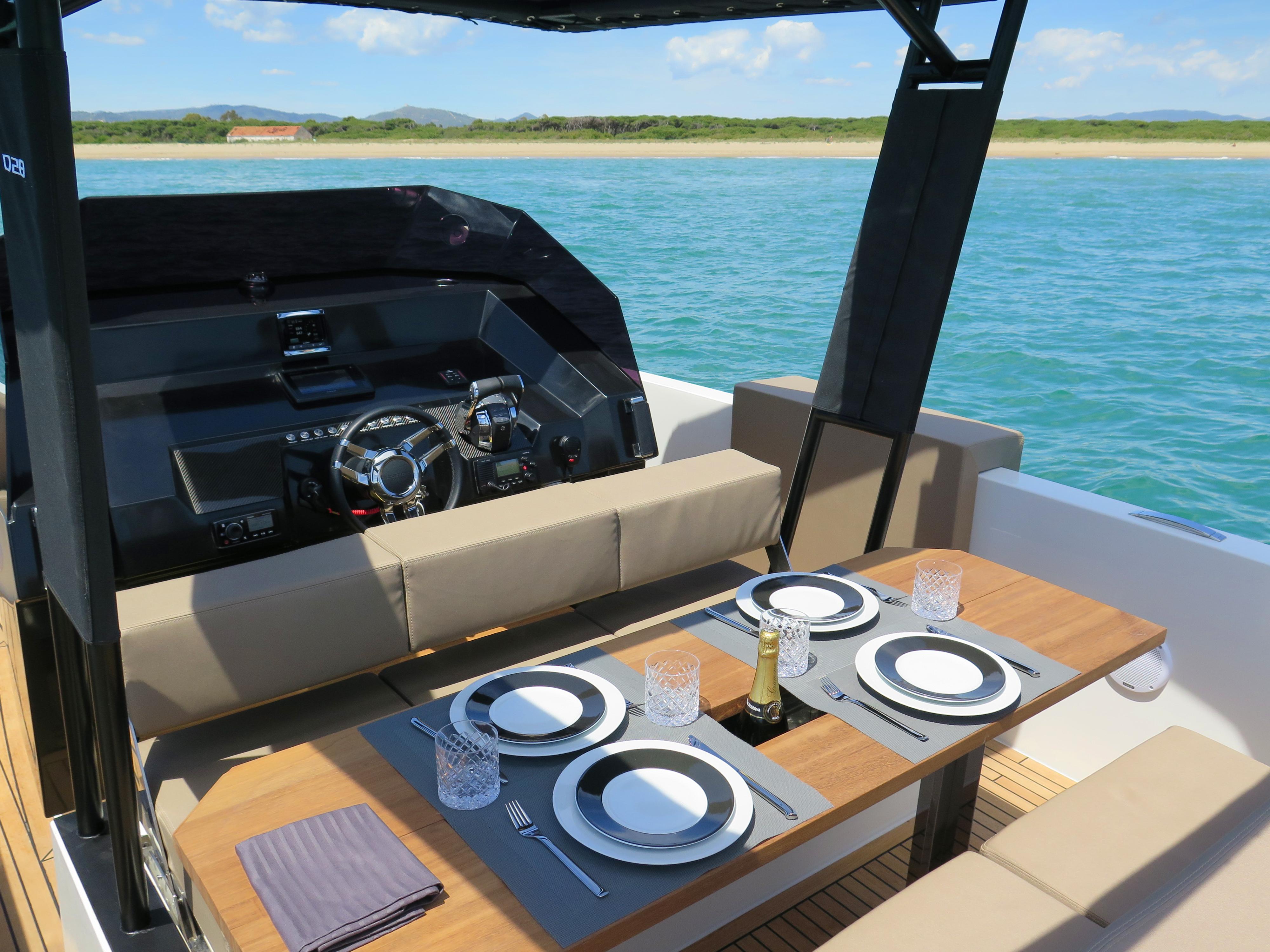 De Antonio Yachts_D28 Open_30