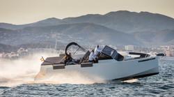 De Antonio Yachts_D33 Open_01