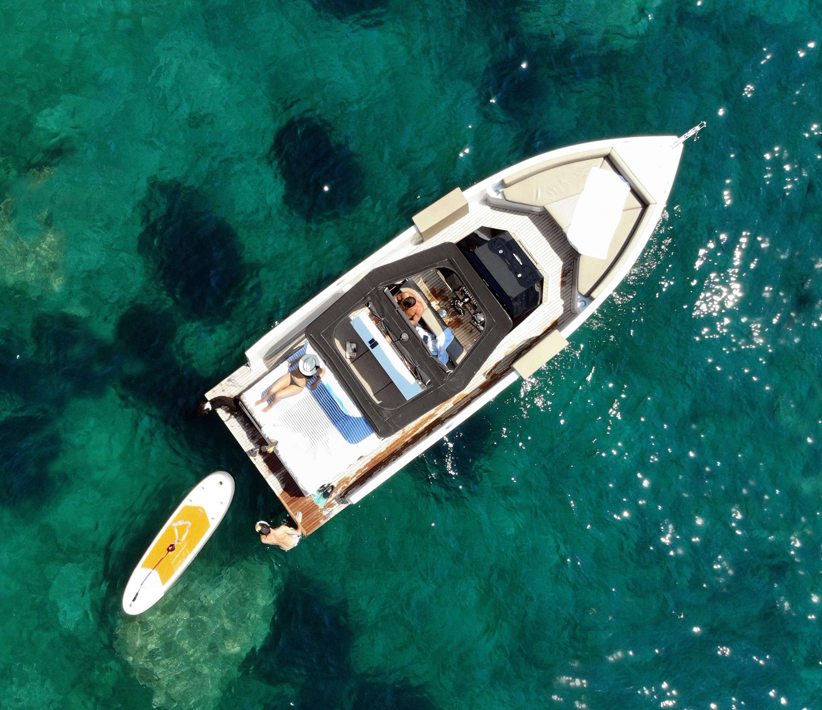 De Antonio Yachts_D28 Open_26