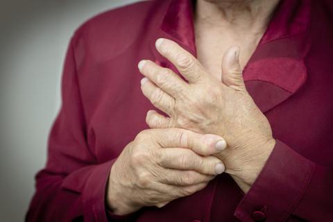 elderly lady with arthritis in her hands