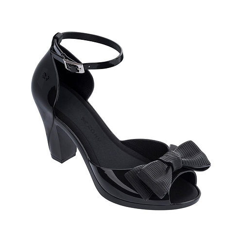 Diva Top ll Black Heels