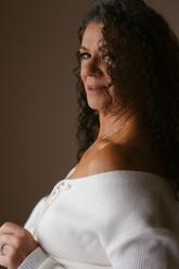 Mature woman protrait, boudoir session cairns