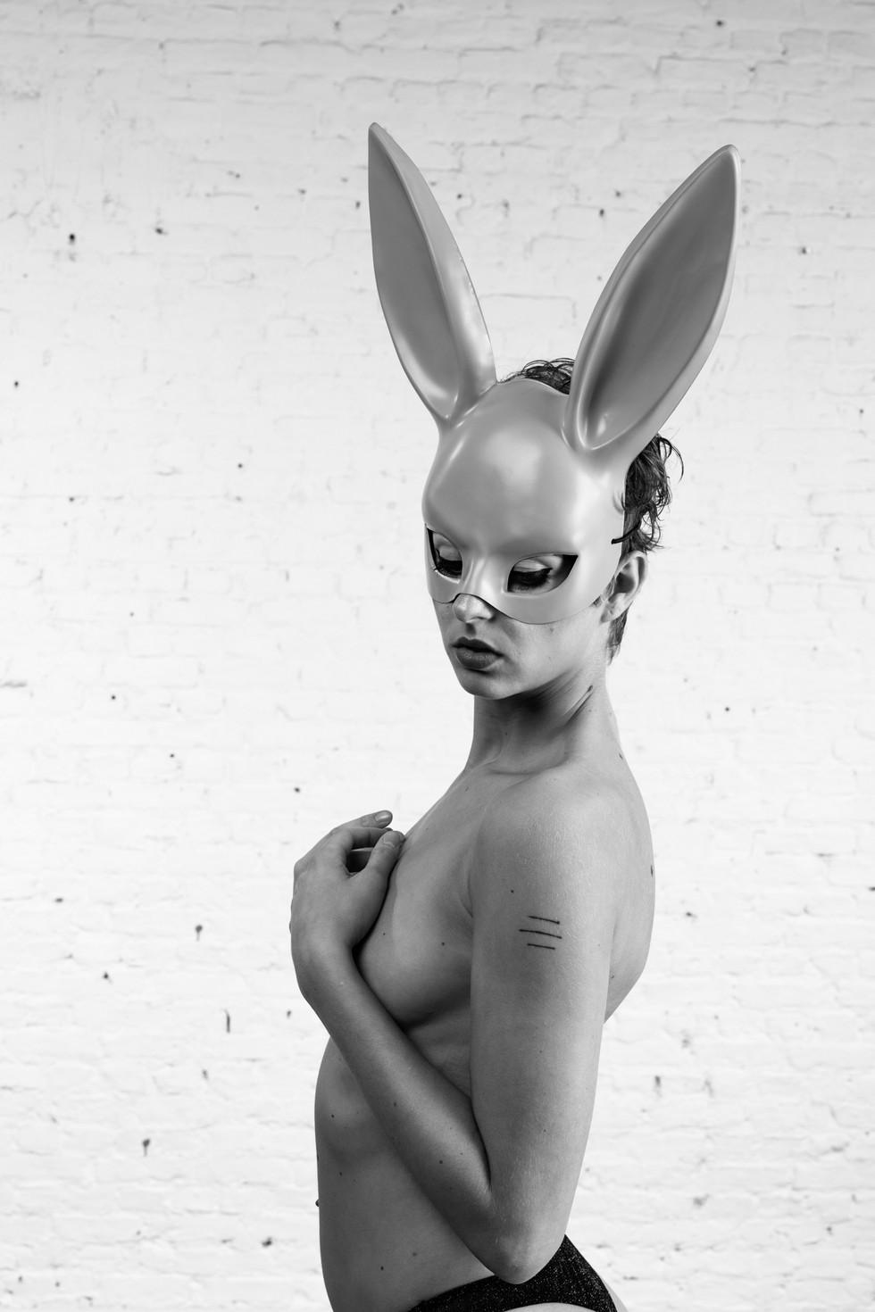 Zoe W bunny (6 of 9).jpg