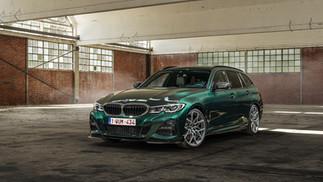 BMW 330i Peridot Green