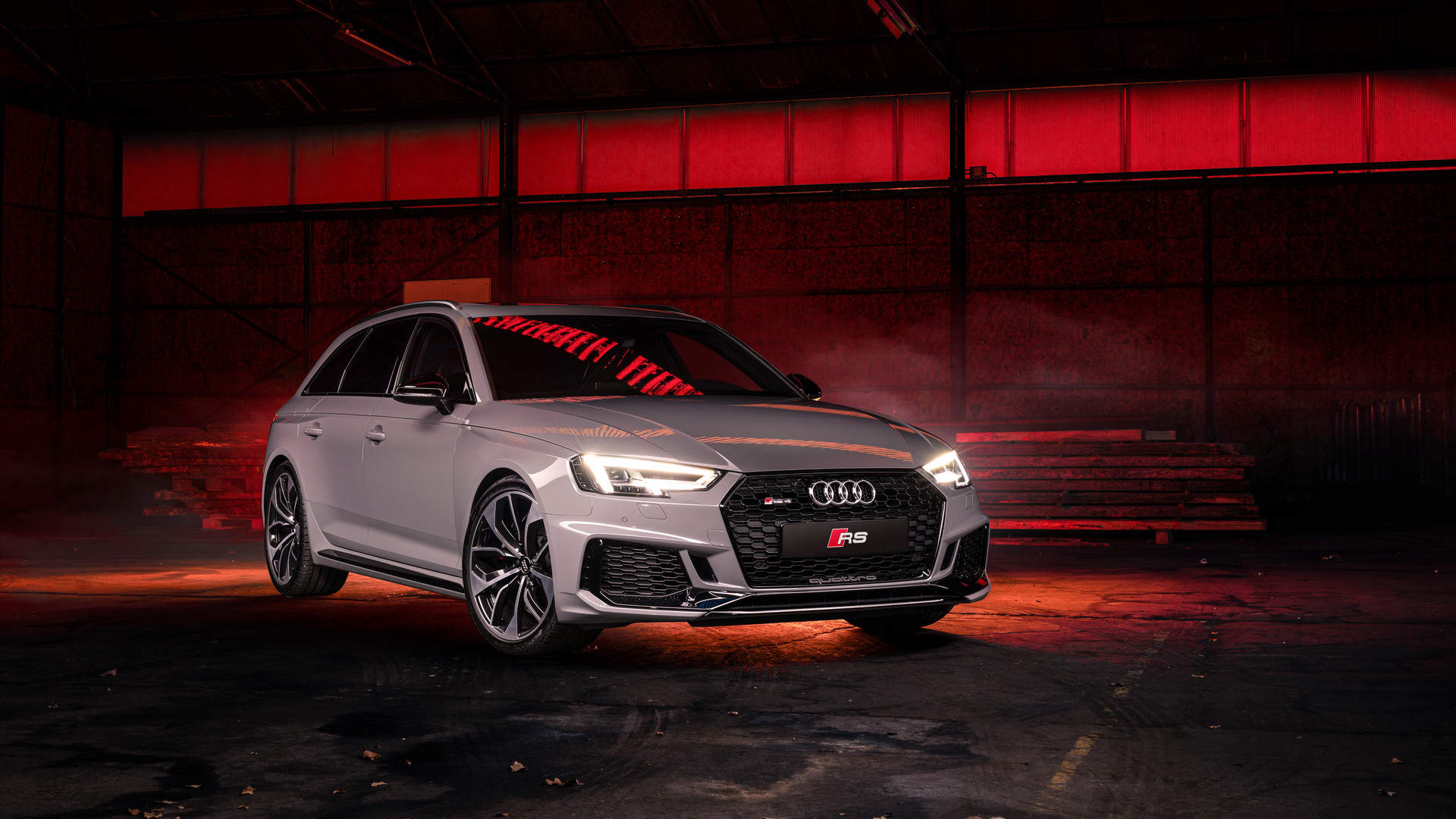 Audi RS4 Avant Nardo Grey