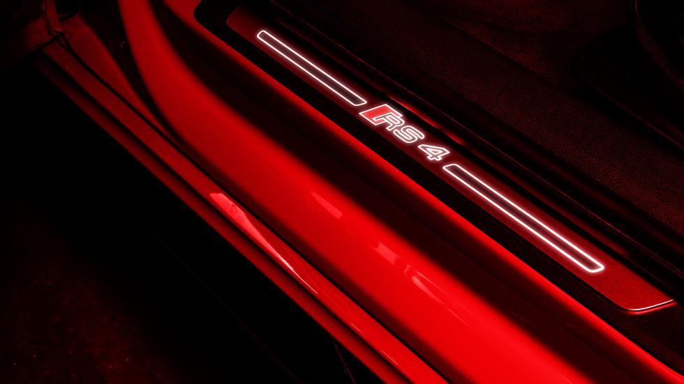 Audi RS4 Avant Nardo Grey
