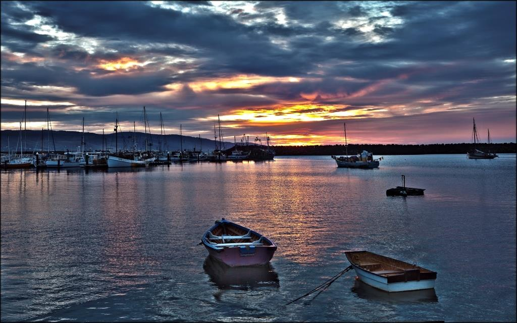 08B Apollo Bay Harbour Peter Dwyer