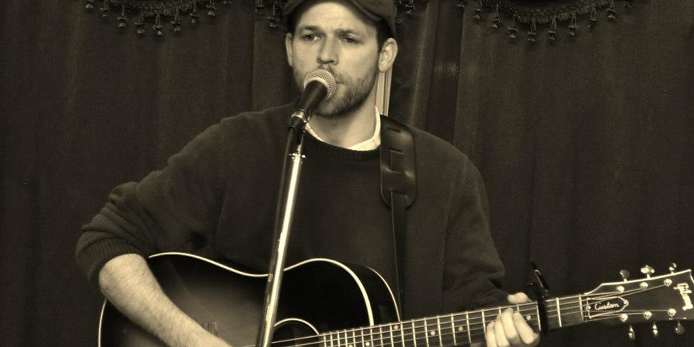 Live Music with Chris Smith