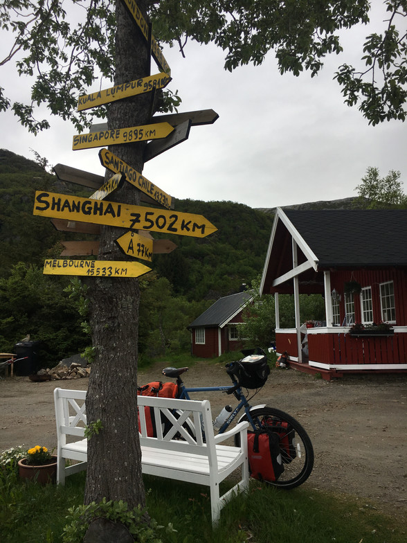 Day 74 ....... Leknes to Stokmarknes.....115 km ......(total 6,161 km)