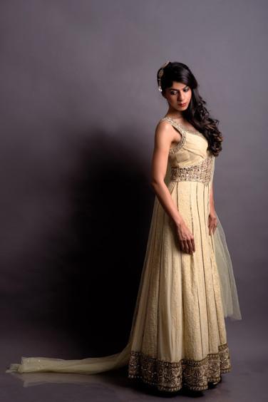 Off-White V-neck pleated dress