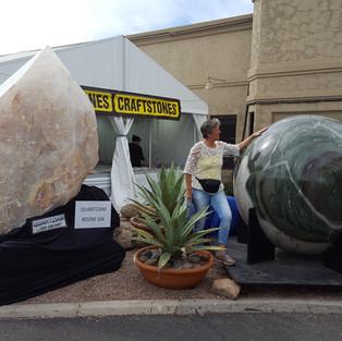 MesseTucson Größte Kugel der Welt, steht im Guinessbuch der Rekorde