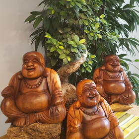 Happy-Buddha aus Suarholz