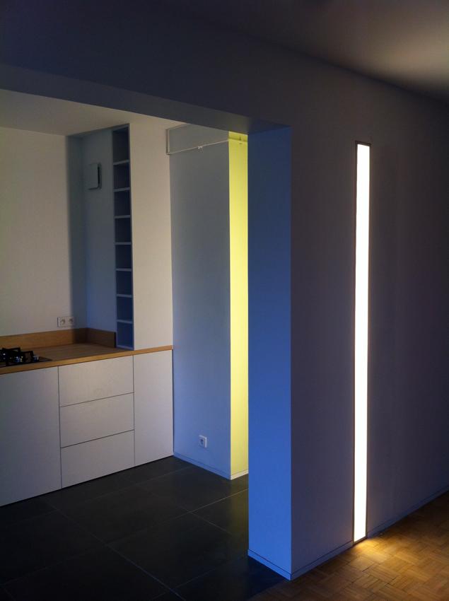 éclairage entre cuisine et couloir