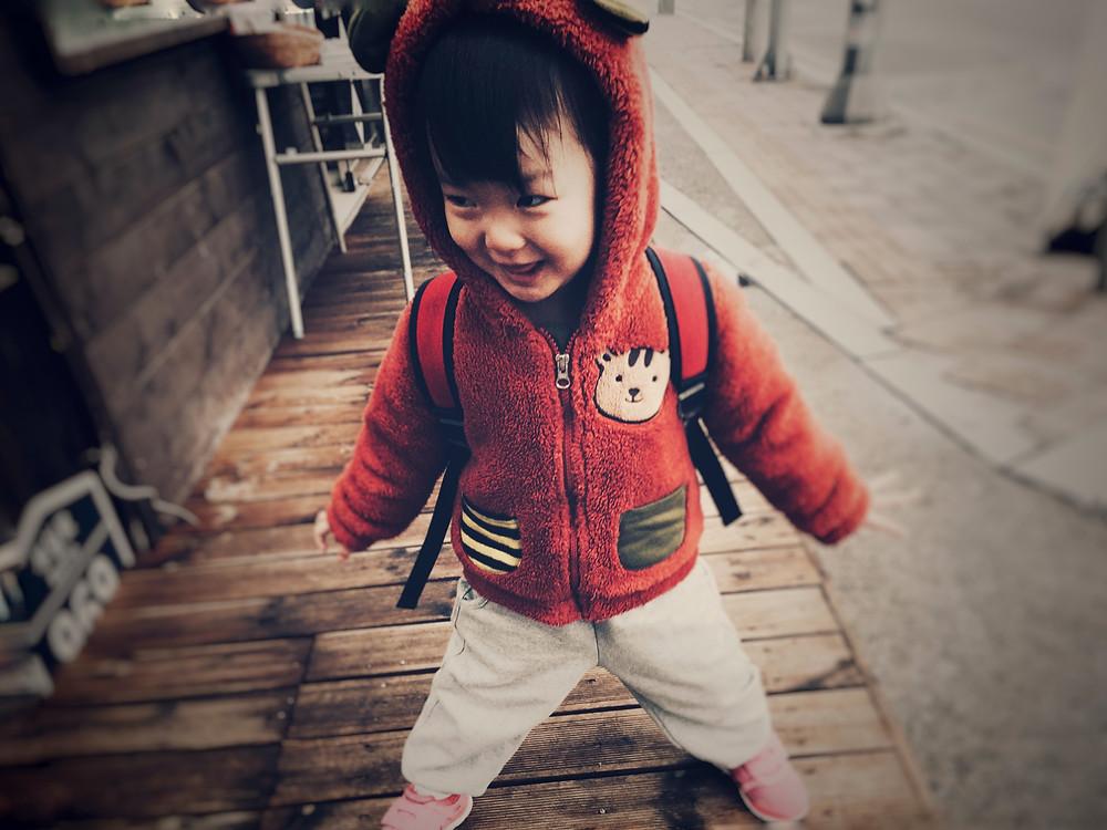 https://www.canva.com/photos/MADGyD0q5ng-boy-s-orange-zip-up-jacket/
