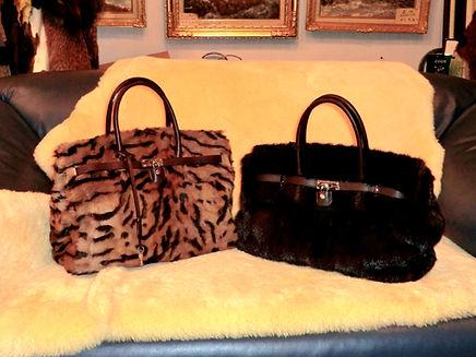 毛皮のバッグ