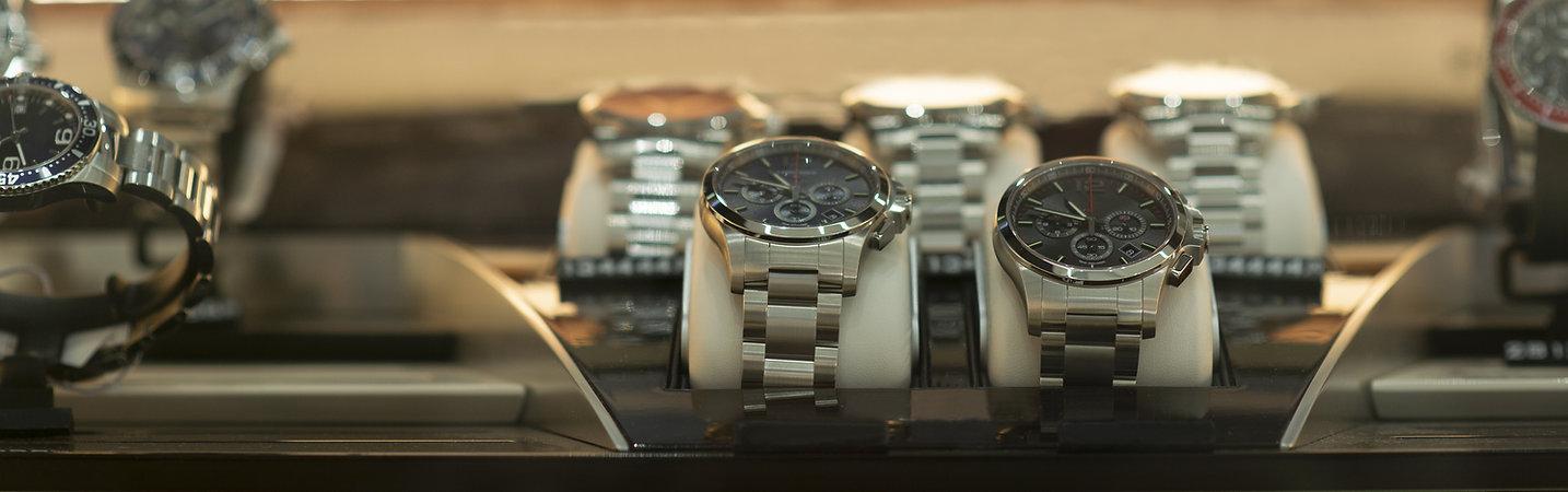 修理された腕時計
