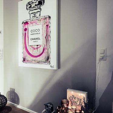 COCO Chanel Bettina.jpg