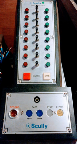 Scully 8 Track Controller