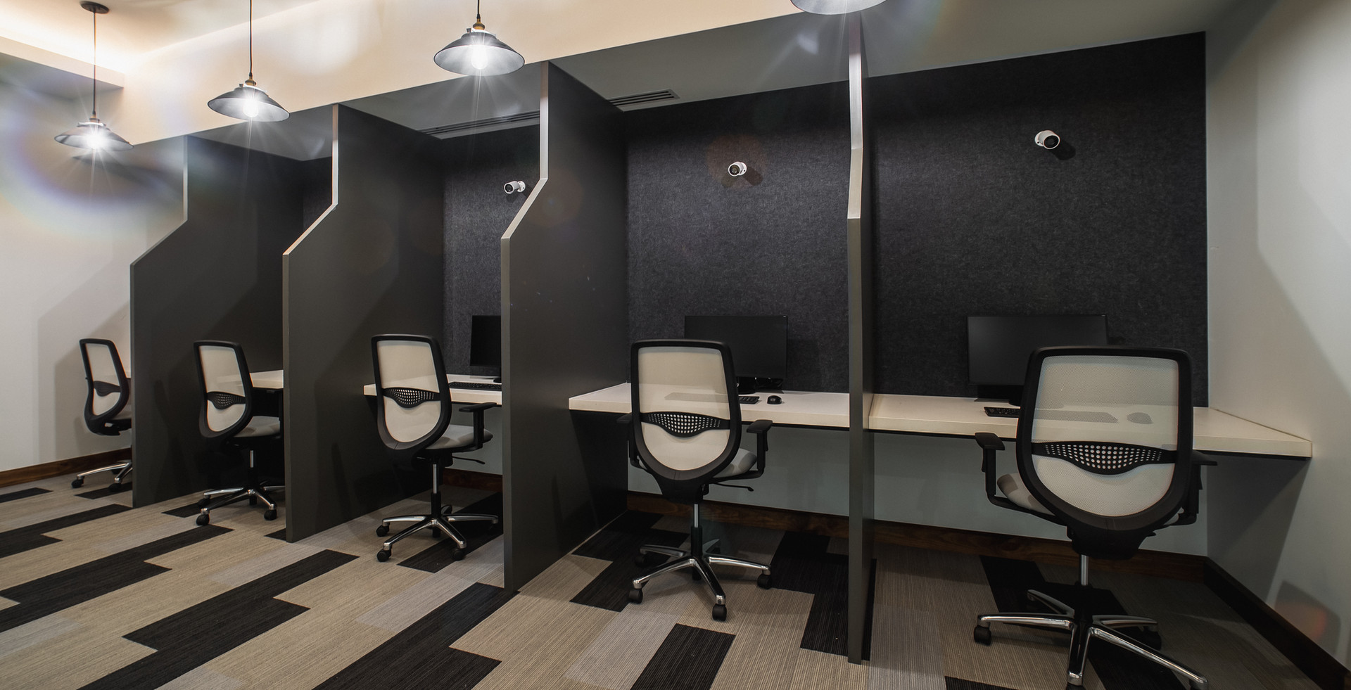 ZINTRA ACOUSTIC BOOTH