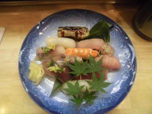 お寿司、握り始まりました。