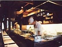 50年老舗料亭の取得からモダン和食業態へリノベーション-2