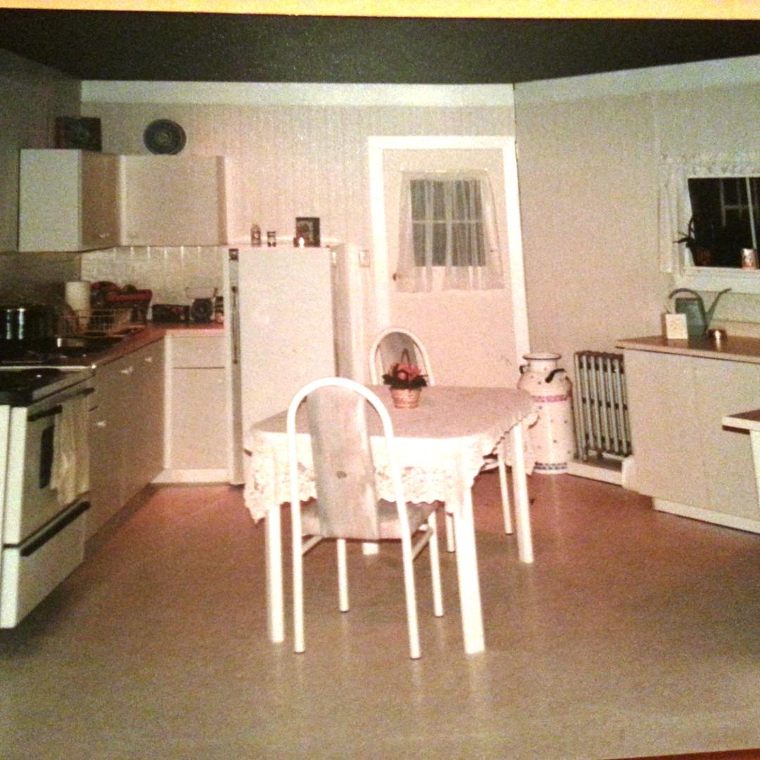Shirley Valentine set - London kitchen