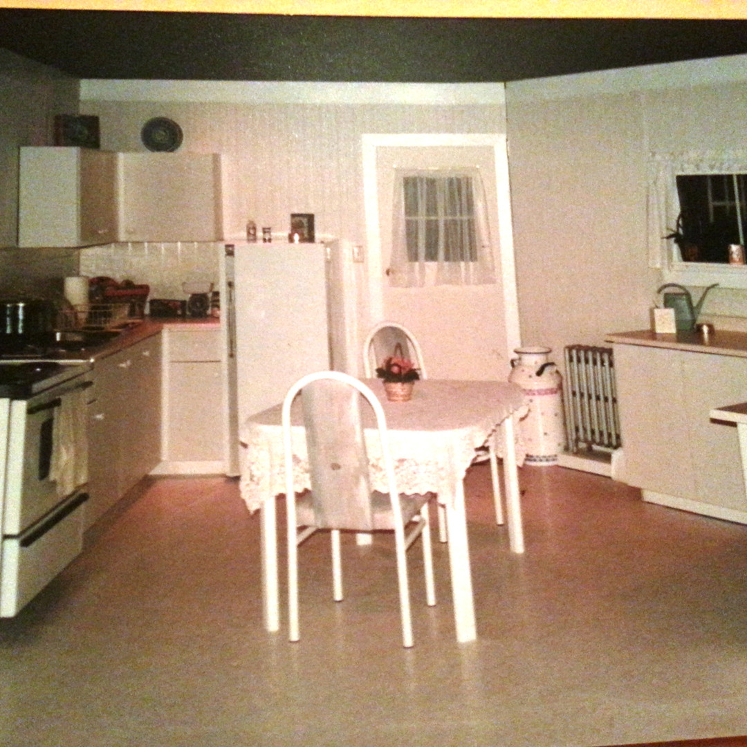 Shirley Valentine set - London kitchen