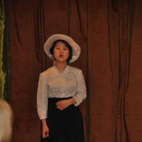 Hinako sings